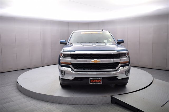 2017 Silverado 1500 Crew Cab 4x4,  Pickup #15204 - photo 9