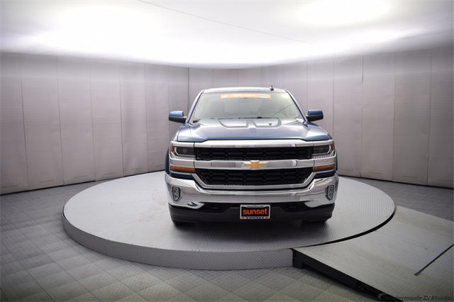 2018 Silverado 1500 Double Cab 4x4, Pickup #15341 - photo 9