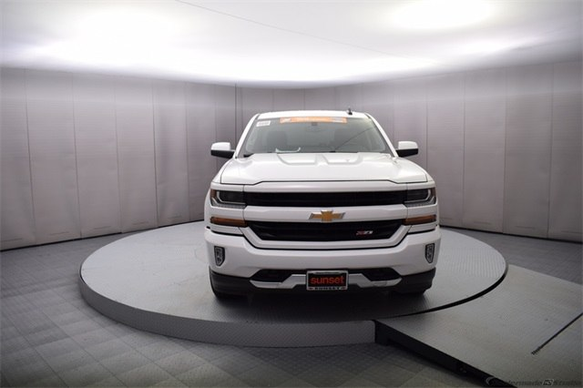 2018 Silverado 1500 Crew Cab 4x4, Pickup #15350 - photo 9