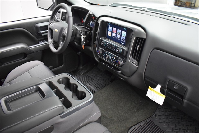 2018 Silverado 1500 Crew Cab 4x4,  Pickup #15359 - photo 19