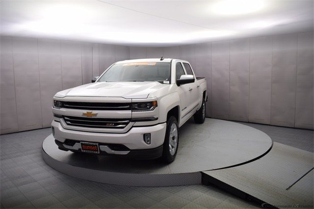 2018 Silverado 1500 Crew Cab 4x4, Pickup #15446 - photo 10
