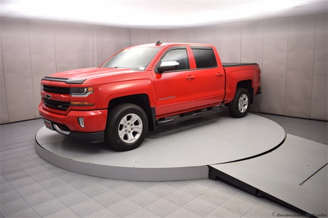2018 Silverado 1500 Crew Cab 4x4,  Pickup #15450 - photo 9