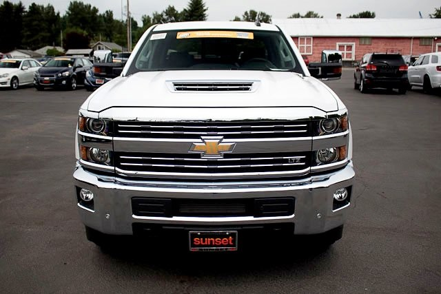 2018 Silverado 3500 Crew Cab 4x4,  Pickup #15503 - photo 5