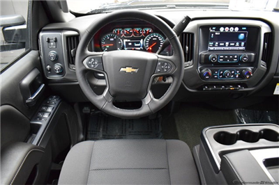2018 Silverado 2500 Crew Cab 4x4, Pickup #15591 - photo 17