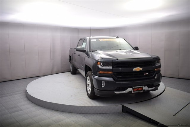 2018 Silverado 1500 Crew Cab 4x4, Pickup #15593 - photo 9