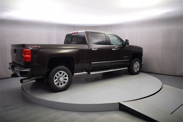 2018 Silverado 3500 Crew Cab 4x4, Pickup #15721 - photo 6