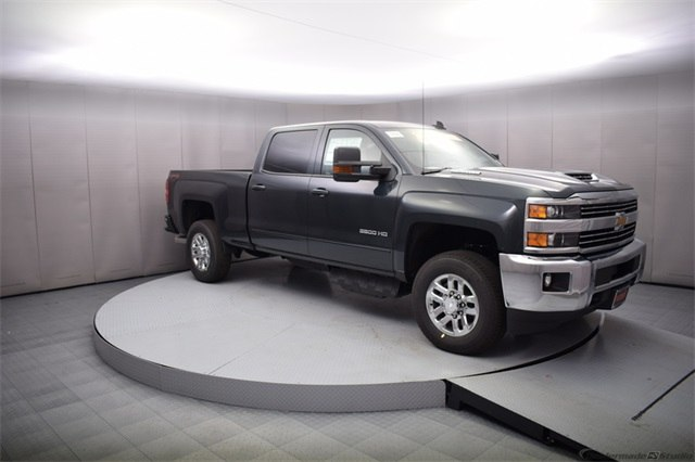 2018 Silverado 3500 Crew Cab 4x4, Pickup #15883 - photo 8