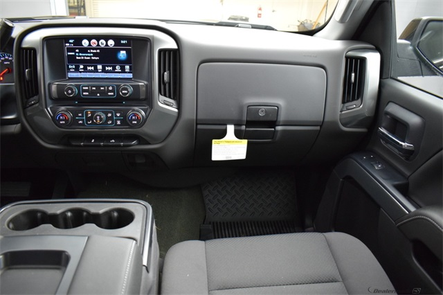 2018 Silverado 1500 Crew Cab 4x4,  Pickup #15886 - photo 18