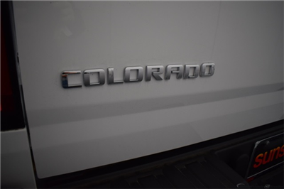 2018 Colorado Extended Cab 4x2,  Pickup #15918 - photo 12