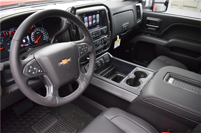 2018 Silverado 3500 Crew Cab 4x4, Pickup #16015 - photo 17