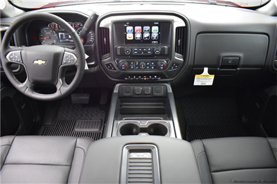 2018 Silverado 3500 Crew Cab 4x4, Pickup #16015 - photo 23