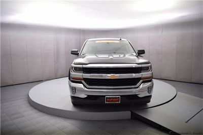 2018 Silverado 1500 Crew Cab 4x4,  Pickup #16022 - photo 9
