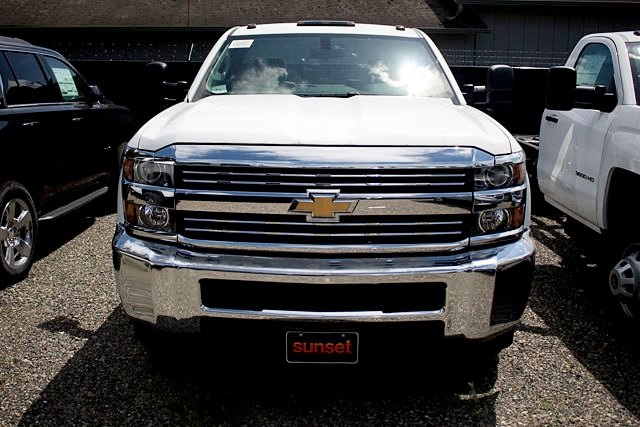 2018 Silverado 3500 Regular Cab DRW,  Cab Chassis #16040 - photo 3