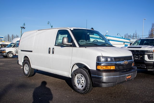 2020 Chevrolet Express 3500 4x2, Empty Cargo Van #19677 - photo 1