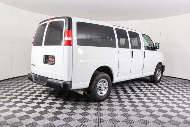 2019 Chevrolet Express 2500 4x2, Passenger Wagon #P5903 - photo 1