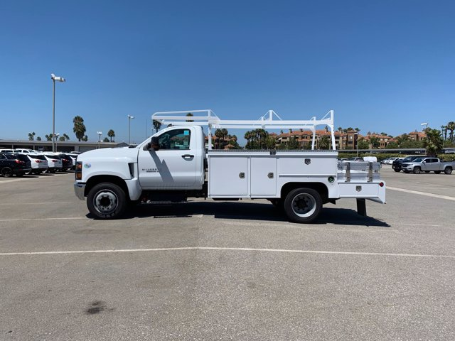 2020 Chevrolet Silverado 4500 Regular Cab DRW RWD, Scelzi SEC Combo Body #L237996 - photo 4