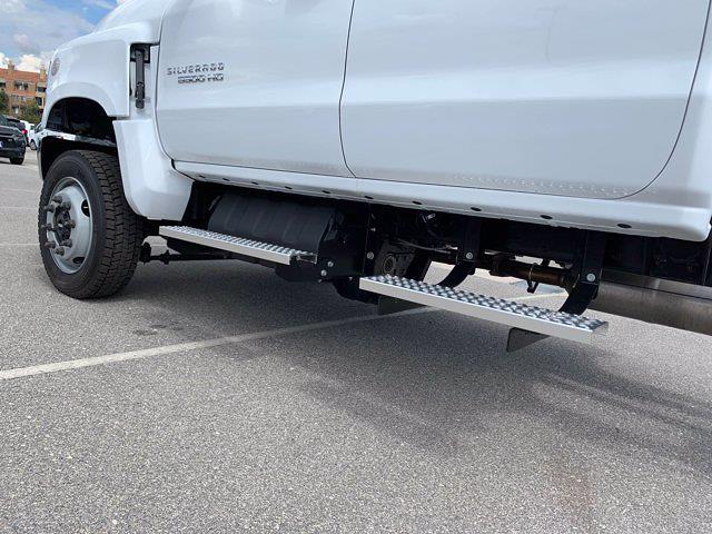 2020 Chevrolet Silverado 5500 Crew Cab DRW 4x4, Scelzi Chipper Body #L239855 - photo 14