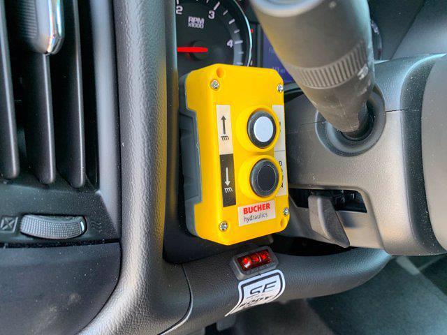 2020 Chevrolet Silverado 5500 Crew Cab DRW 4x4, Scelzi Chipper Body #L239855 - photo 25