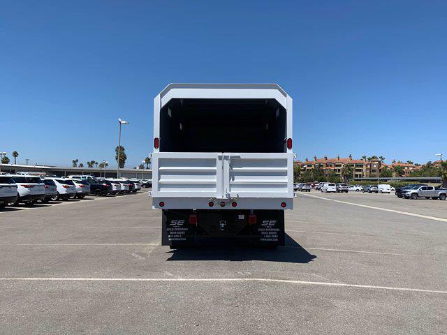 2020 Chevrolet Silverado 5500 Crew Cab DRW 4x4, Scelzi Chipper Body #L239855 - photo 7