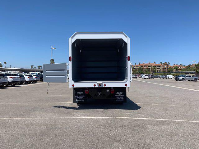2020 Chevrolet Silverado 5500 Crew Cab DRW 4x4, Scelzi Chipper Body #L239855 - photo 8