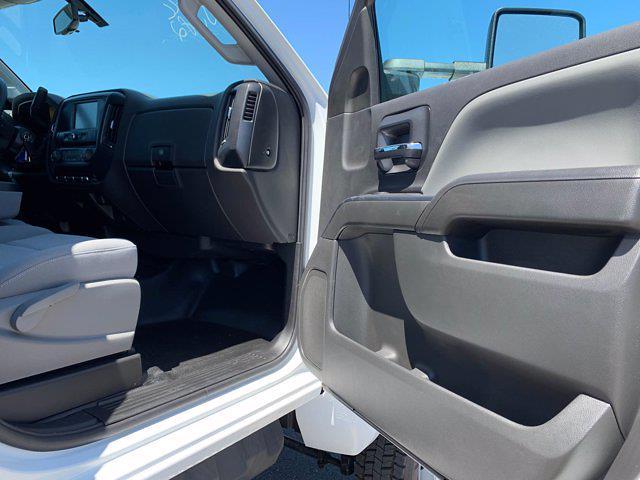 2020 Chevrolet Silverado 5500 Crew Cab DRW 4x4, Scelzi Chipper Body #L239855 - photo 39