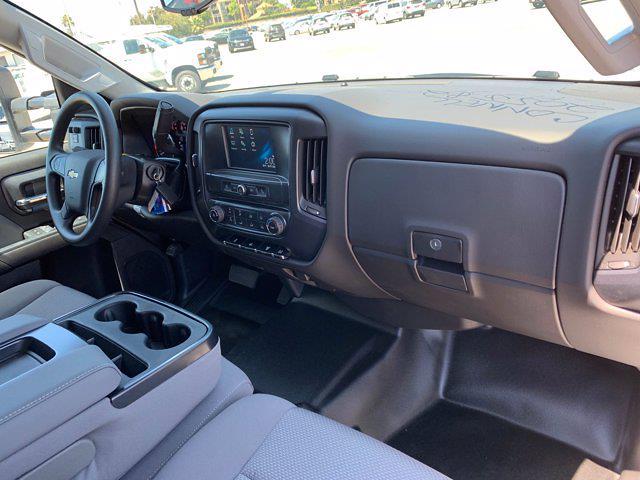 2020 Chevrolet Silverado 5500 Crew Cab DRW 4x4, Scelzi Chipper Body #L239855 - photo 40