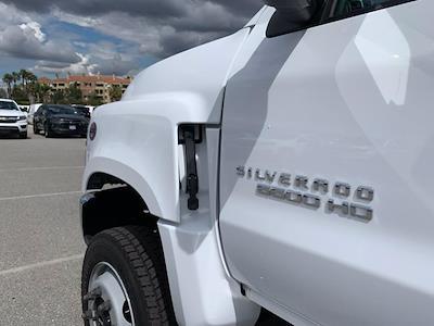 2020 Chevrolet Silverado 5500 Crew Cab DRW 4x4, Scelzi Chipper Body #L239855 - photo 16