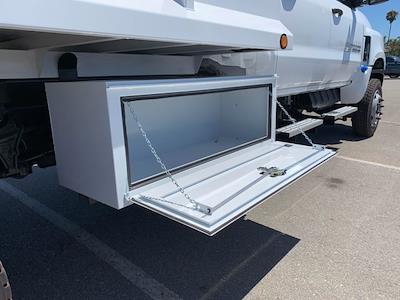 2020 Chevrolet Silverado 5500 Crew Cab DRW 4x4, Scelzi Chipper Body #L239855 - photo 19