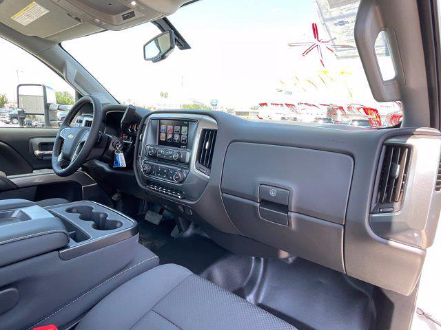 2020 Silverado 5500 Regular Cab DRW 4x4,  Scelzi Signature Service Body #L333133 - photo 51
