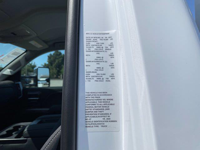 2020 Silverado 5500 Regular Cab DRW 4x4,  Scelzi Signature Service Body #L333133 - photo 4
