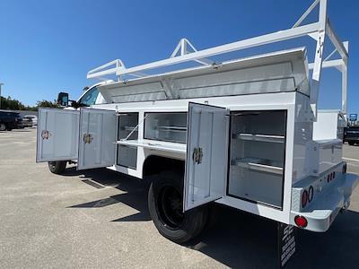 2020 Silverado 5500 Regular Cab DRW 4x4,  Scelzi Signature Service Body #L333133 - photo 14
