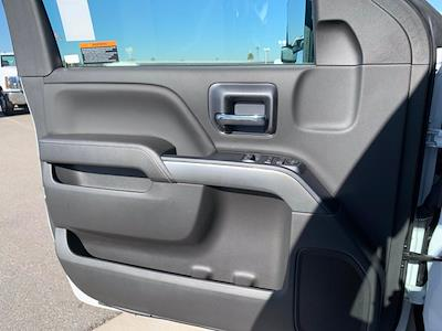 2020 Silverado 5500 Regular Cab DRW 4x4,  Scelzi Signature Service Body #L333133 - photo 37