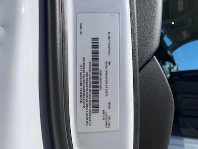 2020 Silverado 5500 Regular Cab DRW 4x4,  Scelzi Signature Service Body #L333133 - photo 3