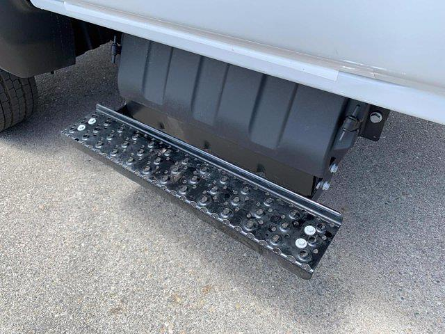 2021 Silverado 5500 Regular Cab DRW 4x2,  Scelzi Dump Body #M386216 - photo 12