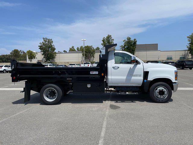 2021 Silverado 5500 Regular Cab DRW 4x2,  Scelzi Dump Body #M386216 - photo 7