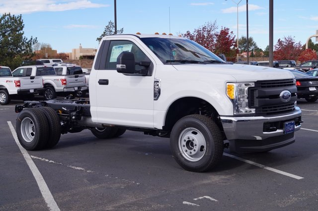 2017 F-350 Regular Cab DRW 4x4,  Cab Chassis #00078625 - photo 3
