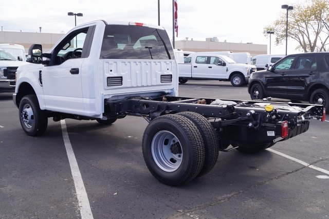 2017 F-350 Regular Cab DRW 4x4,  Cab Chassis #00078625 - photo 2