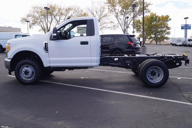 2017 F-350 Regular Cab DRW 4x4,  Cab Chassis #00078625 - photo 8