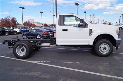 2017 F-350 Regular Cab DRW 4x4,  Cab Chassis #00078625 - photo 5