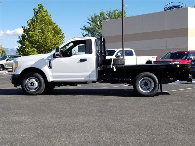 2017 F-350 Regular Cab DRW 4x2,  Knapheide PGNB Gooseneck Platform Body #00078710 - photo 7
