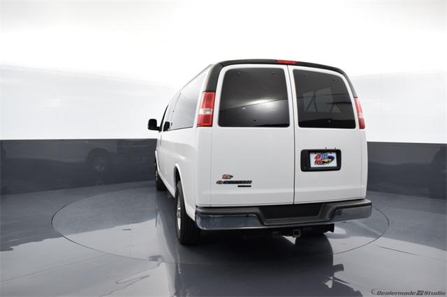 2014 Chevrolet Express 3500 4x2, Passenger Wagon #69498A - photo 1