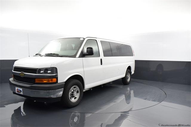 2017 Chevrolet Express 3500, Passenger Wagon #69929Z - photo 1