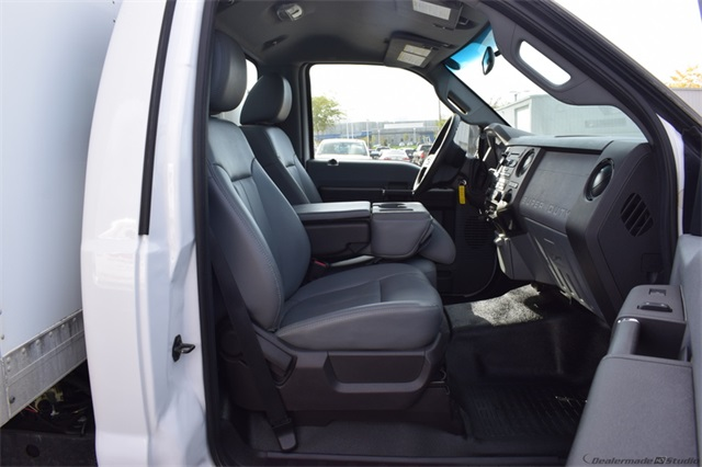 2011 Ford F-550 Regular Cab DRW 4x2, Dry Freight #72337A - photo 8