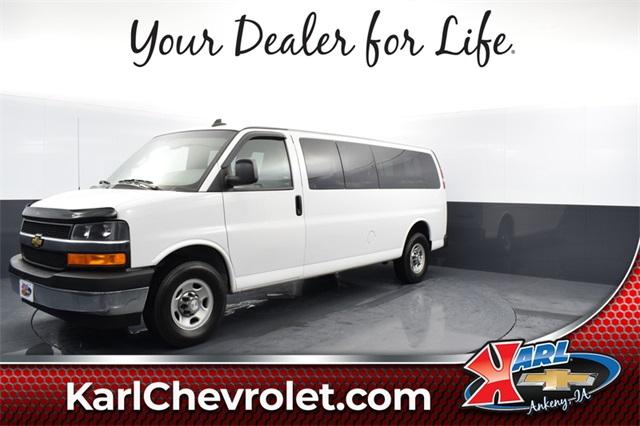 2018 Chevrolet Express 3500 4x2, Passenger Wagon #74348A - photo 1