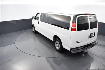 2018 Chevrolet Express 3500 4x2, Passenger Wagon #74348A - photo 2