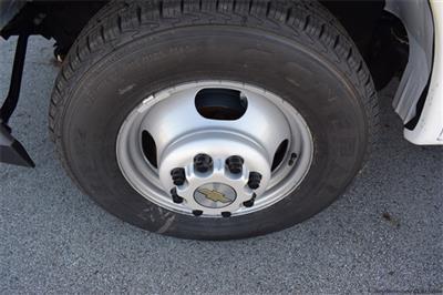 2020 Chevrolet Express 3500 4x2, Bay Bridge Cutaway Van #74393 - photo 5