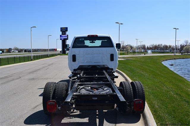 2021 Chevrolet Silverado Medium Duty Regular Cab DRW 4x4, Cab Chassis #78826 - photo 2