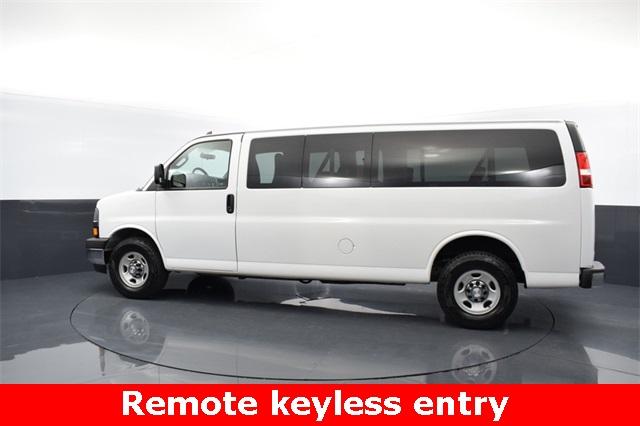 2017 Chevrolet Express 3500, Passenger Wagon #R33601 - photo 1