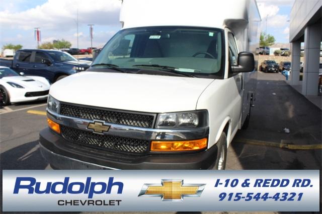 2019 Chevrolet Express 3500 4x2, Supreme Cutaway Van #A94179 - photo 1