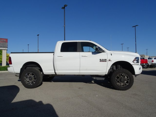 2017 Ram 3500 Crew Cab 4x4,  Pickup #1D70428 - photo 3